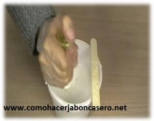 jabón casero de semilla de amapola